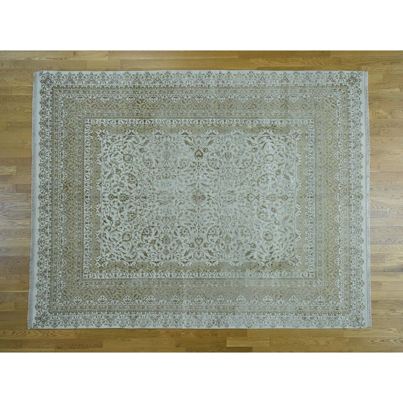 Hand Knotted Ivory Fine Oriental with Wool & Silk Oriental Rug - 79 x 10