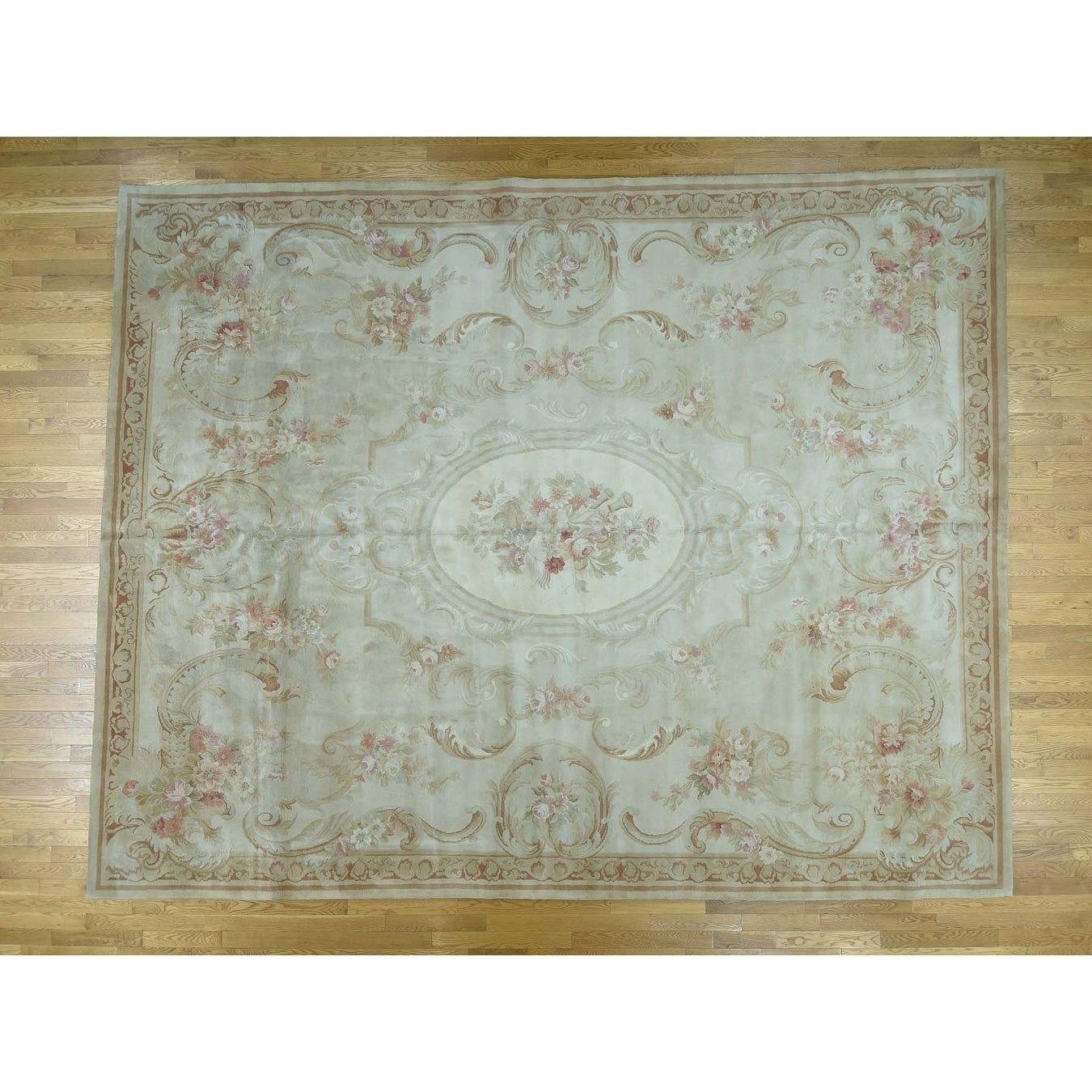 Hand Knotted Ivory European with Wool Oriental Rug - 8 x 10