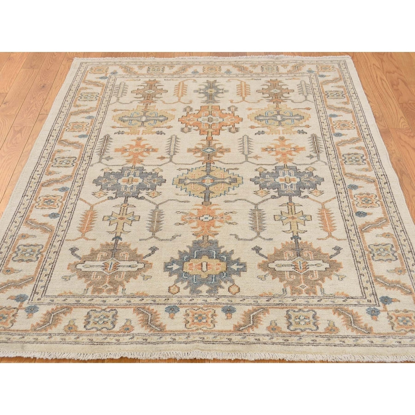 Hand Knotted Beige White Wash Vintage & Silver Wash with Wool Oriental Rug - 41 x 58