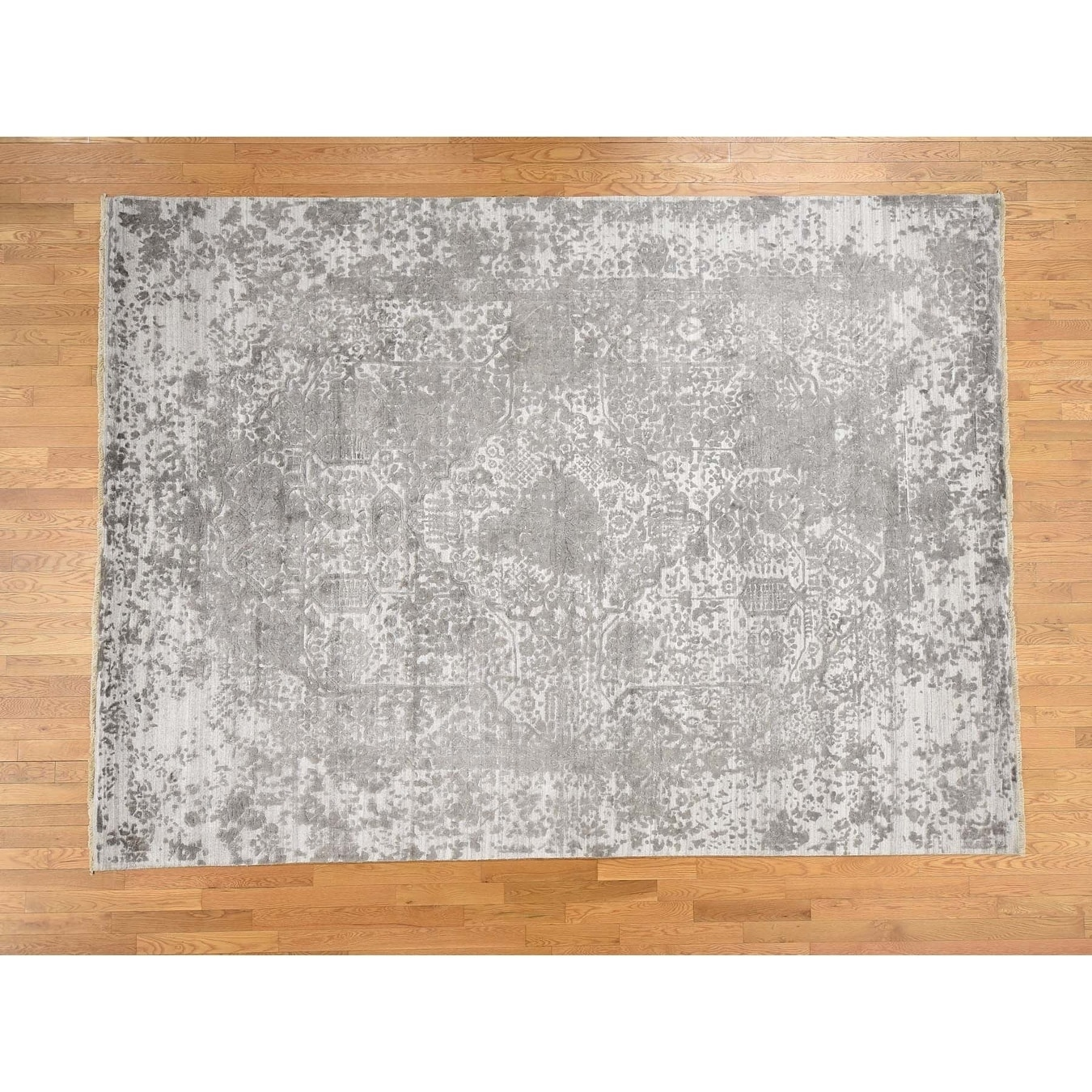 Hand Knotted Grey Modern & Contemporary with Wool & Silk Oriental Rug - 10 x 14