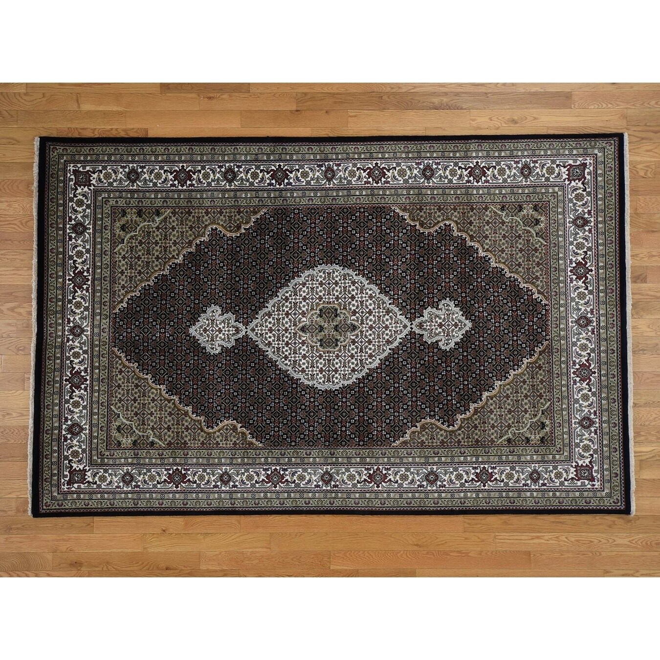 Hand Knotted Black Fine Oriental with Wool & Silk Oriental Rug - 510 x 91