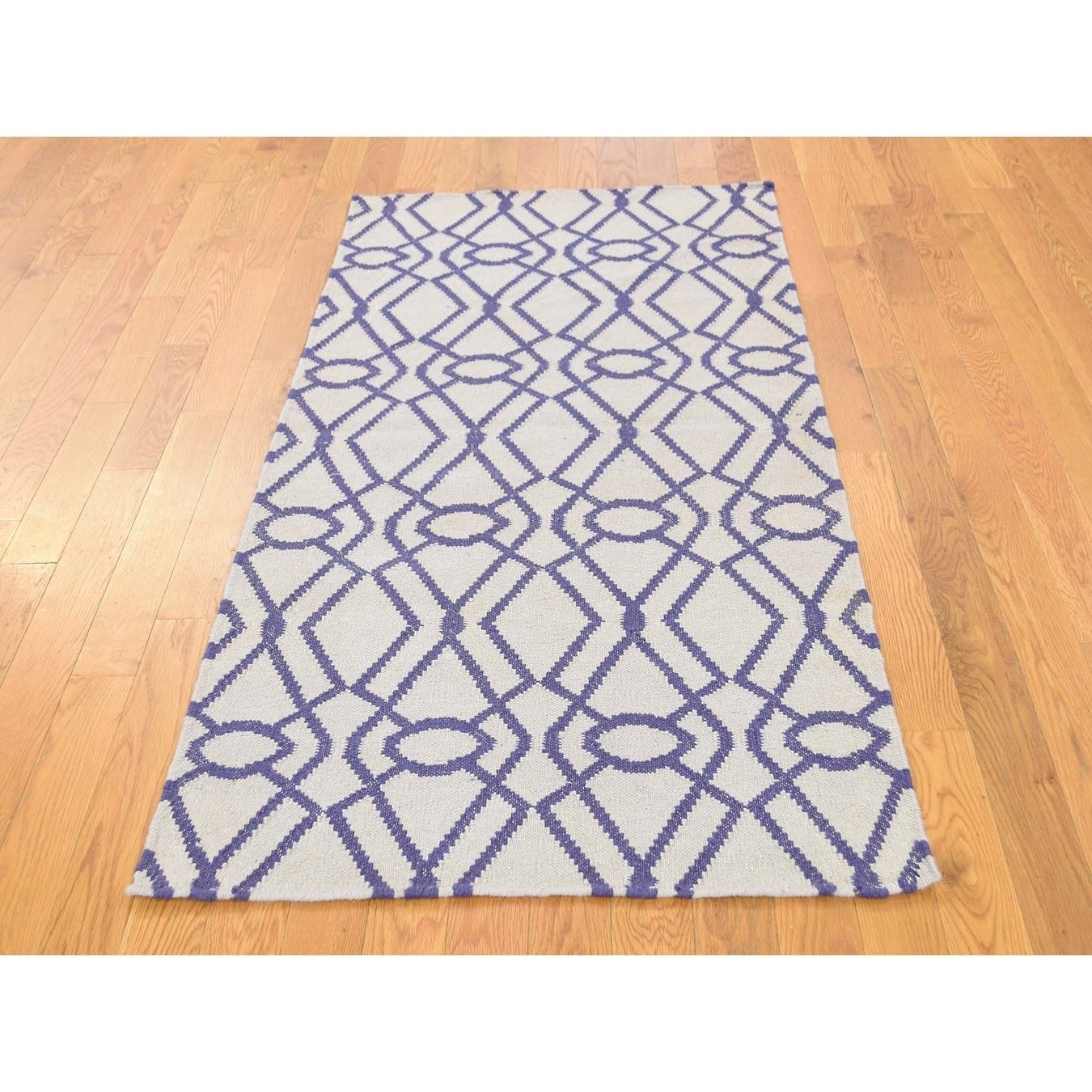 Hand Knotted Ivory Flat Weave with Wool Oriental Rug - 28 x 510