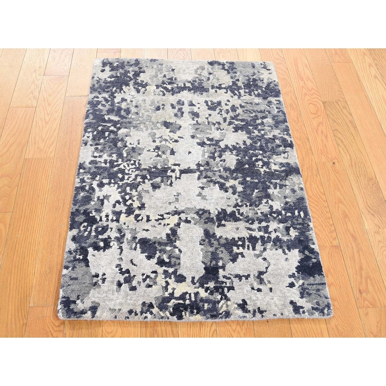Hand Knotted Ivory Modern & Contemporary with Wool & Silk Oriental Rug - 2 x 31