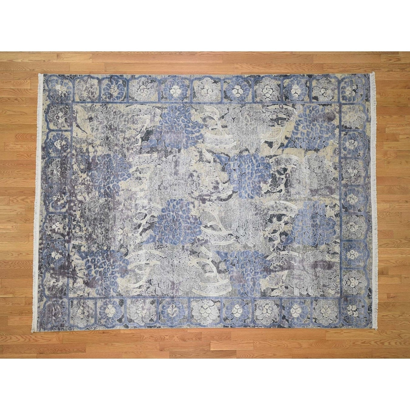 Hand Knotted Blue Modern & Contemporary with Wool & Silk Oriental Rug - 79 x 101