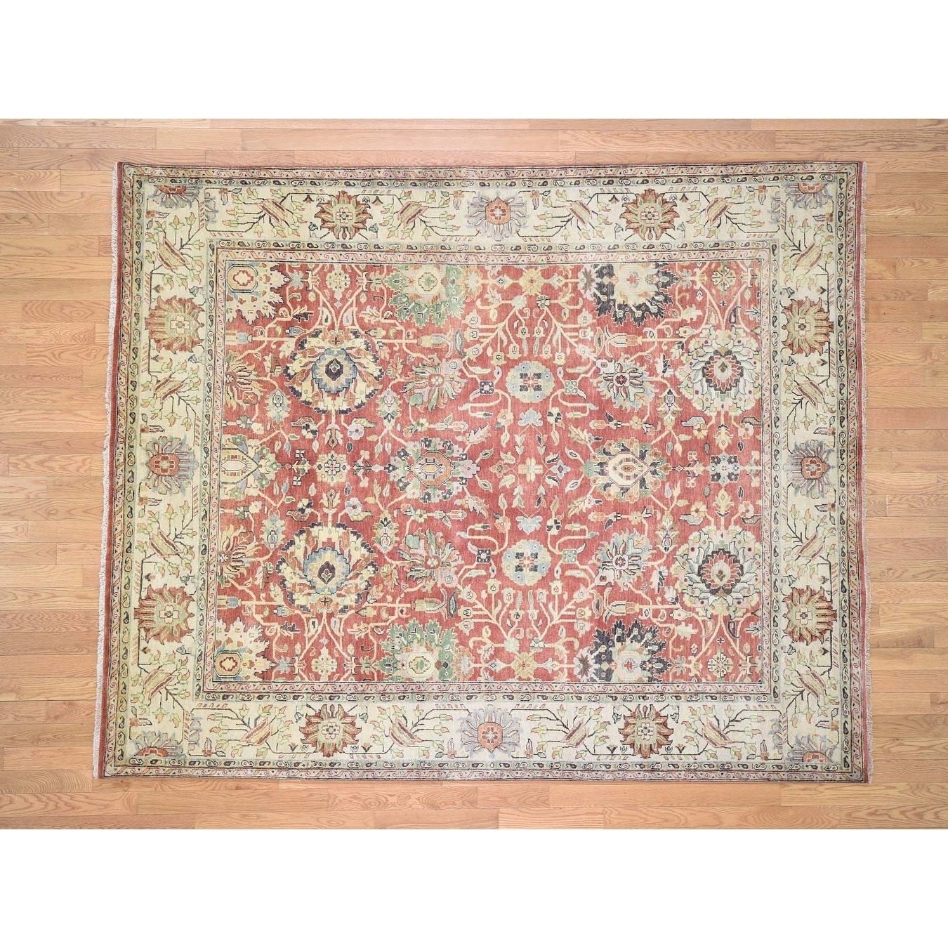 Hand Knotted Red Heriz with Wool Oriental Rug - 79 x 94