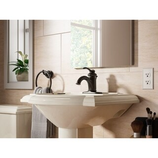 Fairfax Single Lever Handle Centerset Bathroom Sink Faucet