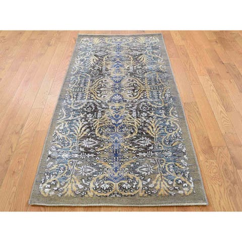 Hand Knotted Brown Fine Oriental with Wool & Silk Oriental Rug - 2'8 x 6'