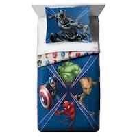 Marvel Universe Battlefront Reversible Oversized Twin 2-piece Comforter Set