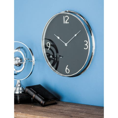Carson Carrington Tinglev 18-inch Silver Stainless Steel Wall Clock