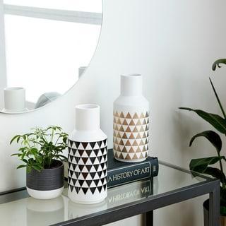 "Carson Carrington Vordingborg 2-piece Triangle-patterned Ceramic Bud Vases - (12"" x 5"")"