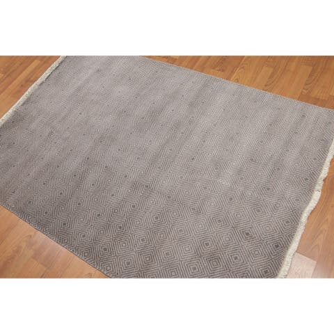 Tone on Tone Contemporary Hand-Knotted Area Rug - 4' x 6'