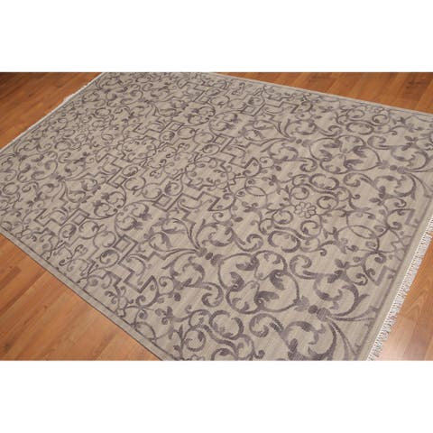 Pure Wool Irongate Design Oriental Area Rug - 6' x 9'