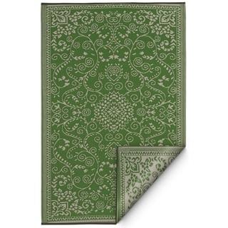 Handmade Indoor/Outdoor Murano Lime Green and Cream Rug (India) - 5' x 8'
