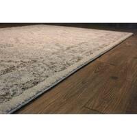 "Persian Trellis Ivory/Grey Area Rug - 5'3"" x 7'5"""