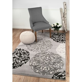 """Summit Grey Abstract Palm Palm Design Area Rug - 7""""4' x 10'6'"""