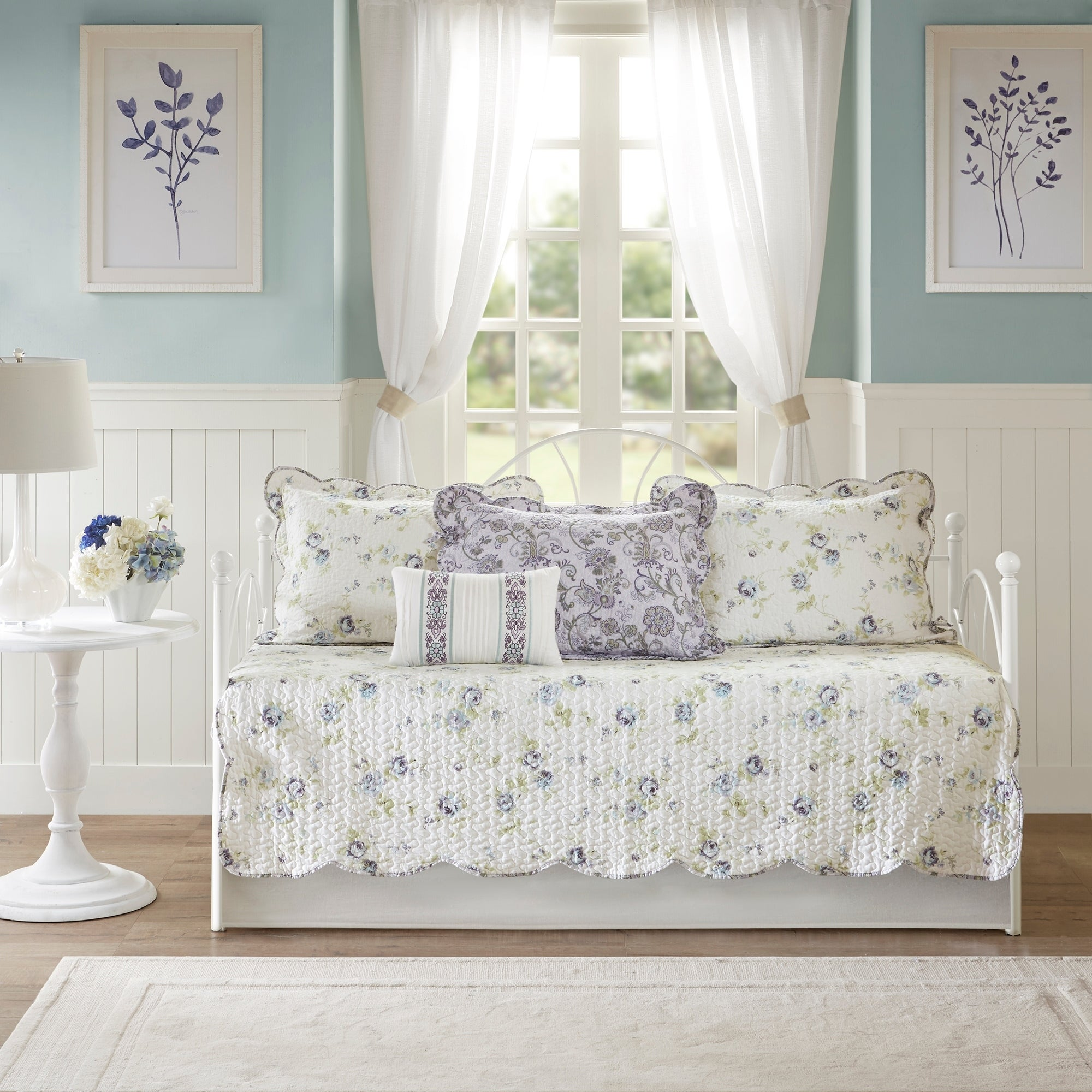 Sensational Shabby Chic Daybed Covers Sets Find Great Bedding Deals Interior Design Ideas Philsoteloinfo