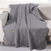Greenland Home Paisley Dance Gray Quilted Cotton Throw