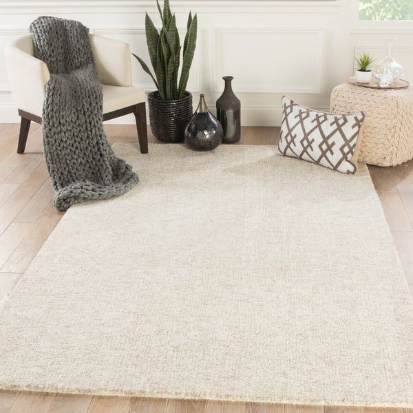 Richmond Handmade Solid Ivory/ Gray Area Rug - 2' x 3'