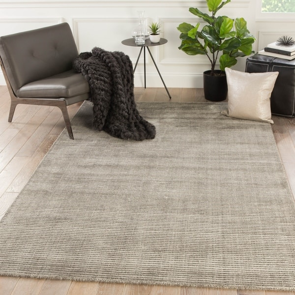Phase Handmade Solid Taupe Area Rug - 5' x 8'