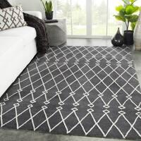 Rajae Handmade Trellis Dark Gray/ White Area Rug - 7'6 x 9'6