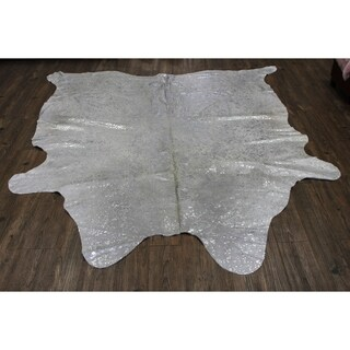 Metallic Silver/White Natural Cowhide Large handmade Area Rug (6' x 8')