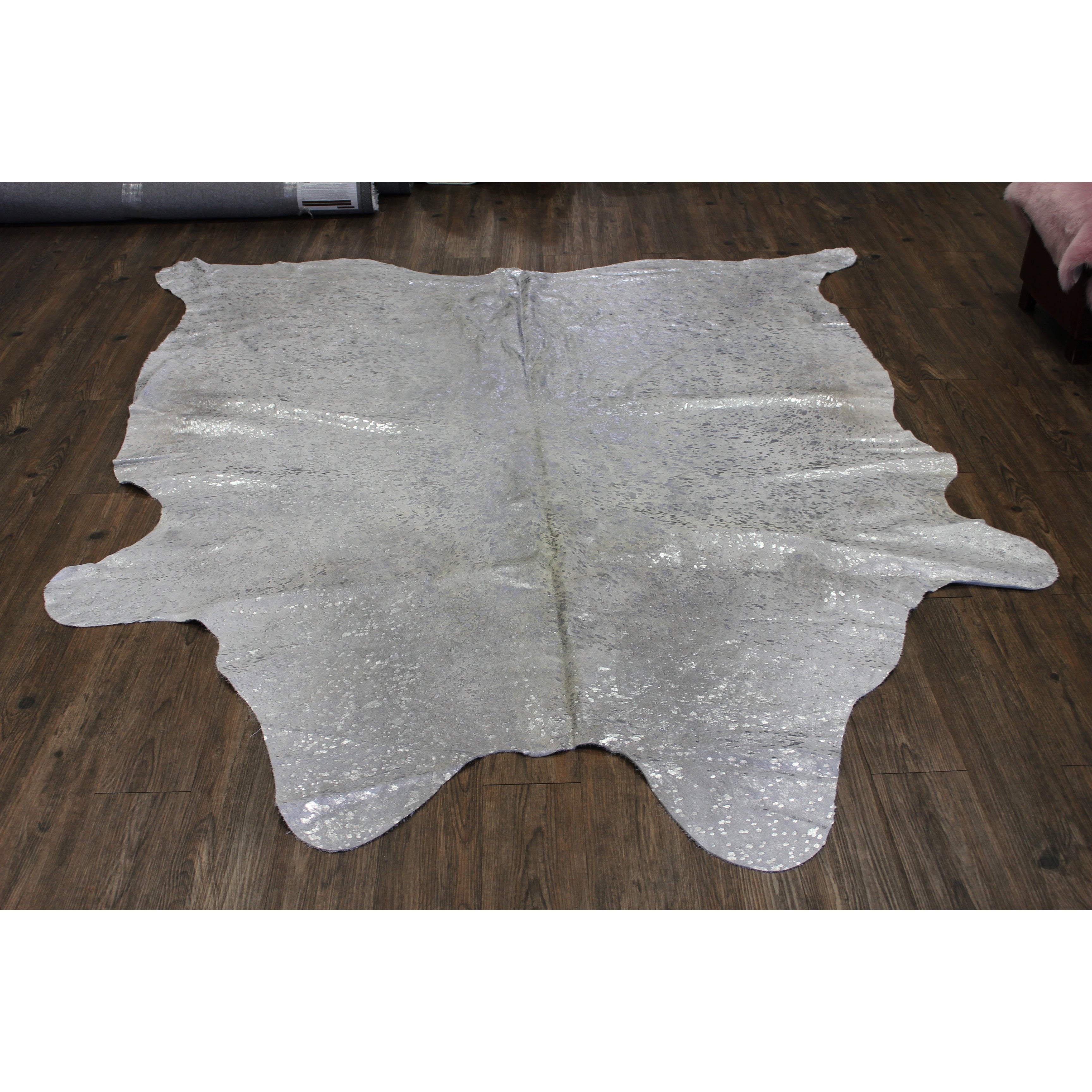 Silver Metallic On White Large Real Natural Cowhide Rug Area Rugs Overstock 21707194