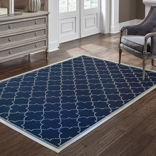 "Havenside Home Pelican Simple Lattice Navy/ Ivory Loop Pile Indoor/ Outdoor Area Rug - 3'7"" x 5'6"""