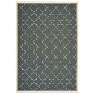 "Havenside Home Pelican Simple Lattice Indoor/ Outdoor Area Rug - 3'7"" x 5'6"""