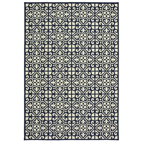 "Havenside Home Lindhurst Two-Tone Tile Pile Indoor/ Outdoor Area Rug - 6'7"" x 9'6"""