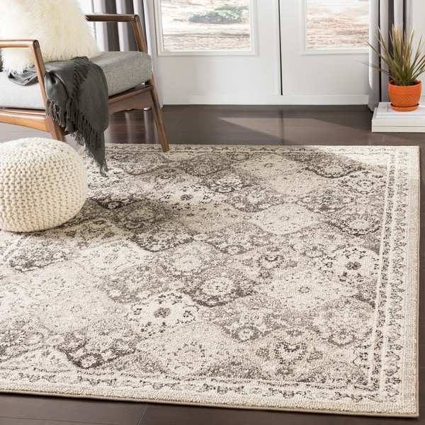 Besma Camel Traditional Medallion Area Rug - 2' x 3'