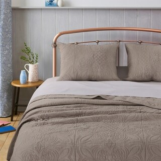 Greenland Home Lucinda Taupe Solid Color Finely Stitched Cotton Quilt Set (3 options available)