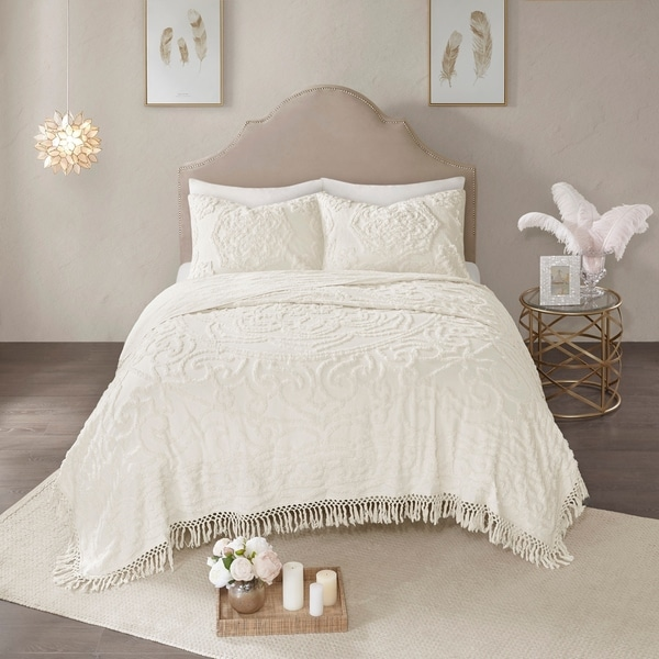 Madison Park Virginia Ivory 3-Piece Tufted Cotton Chenille Medallion Fringe Coverlet Set