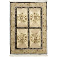 Hand-knotted Opulence Cream Wool Rug - 4' x 5'10