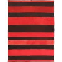 eCarpetGallery Red Wool Hand-woven Bohemian Kilim (4'11 x 6'7)