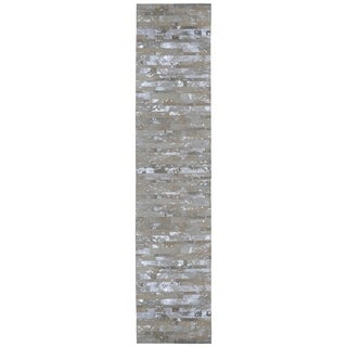 White Leather Hair-On Hide Matador (2.5'x8') Runner - 2'6 x 8'