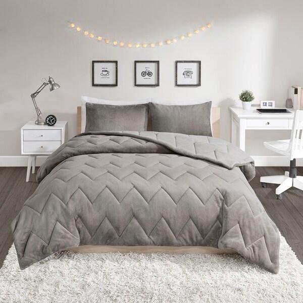 Intelligent Design Jasper Solid Chevron Quilted Reversible 3-piece Comforter Set