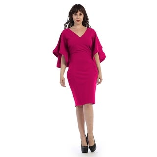 Plus size mid-length v-neck dress with flarred sleeves