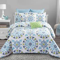 Style quarters - Cassie 7pc Comforter Set - 100% cotton-Charming Blue and Green Medallion Print - Machine Washable - King