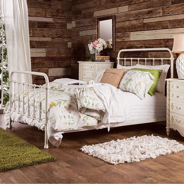 Contemporary Metal Twin Bed in Vintage White