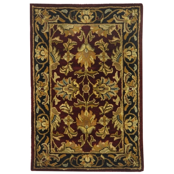 Safavieh Handmade Heritage Traditional Kashan Burgundy/ Black Wool Rug (2' x 3')