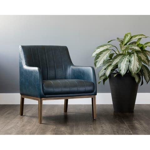Sunpac Irongate Wolfe Rustic Bronze Steel/Faux Leather Lounge Chair