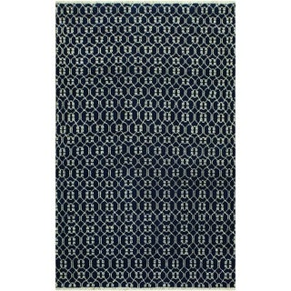 Elara Modern Raleigh Blue/Ivory Wool Area Rug - 4 ft. 3 in. x 6 ft. 0 in.