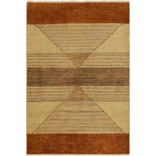 Gabbeh Rosalia Tan/Lt. Rust Wool Area Rug (4'1 x 5'8) - 4 ft. 1 in. x 5 ft. 8 in.