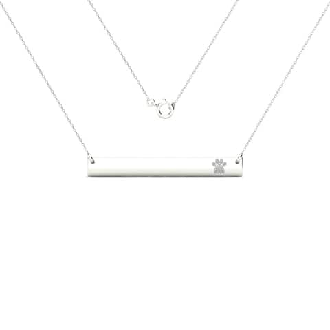 AALILLY 10k White Gold Bar with Diamond Accent Paw Print Necklace (H-I, I1-I2)