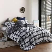 Zavi Gray - Tie Dye Styled Oversized Comforter
