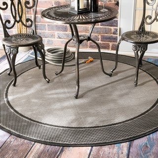 Copper Grove Grey Portumna Two-Tone Border Indoor/ Outdoor Round Area Rug - 7' 6""