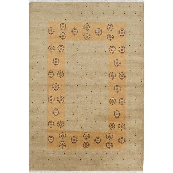 eCarpetGallery Hand-knotted Peshawar Ziegler Khaki Wool Rug - 5'2 x 7'11