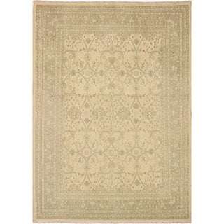 Kafkaz Sun-Faded Charlott Ivory/Lt. Green Hand-Knotted Rug (8'1 x 9'11) - 8 ft. 1 in. x 9 ft. 11 in.