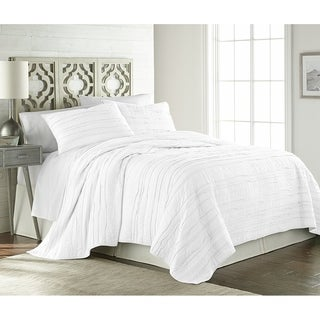 Berlin 3-piece Solid Raw Edge 100% Cotton Pre-Washed Soft-Finished Quilt Set