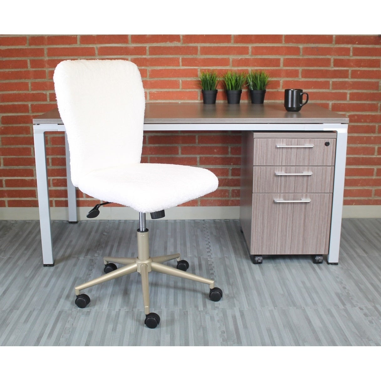 Boss Office Products White Gold Accent